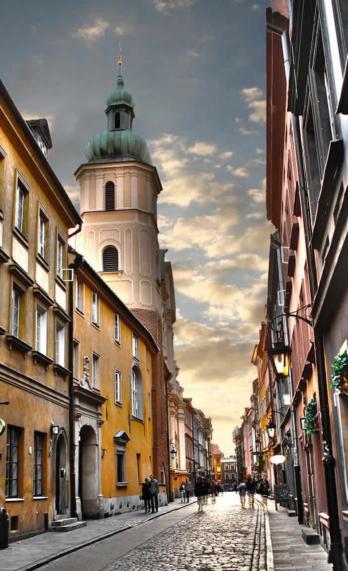 Warsaw, Old Town, Sunset by Tomasz Romaszewski