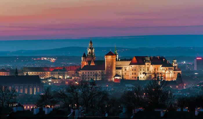 Wawel Castle by Marek Marszalek