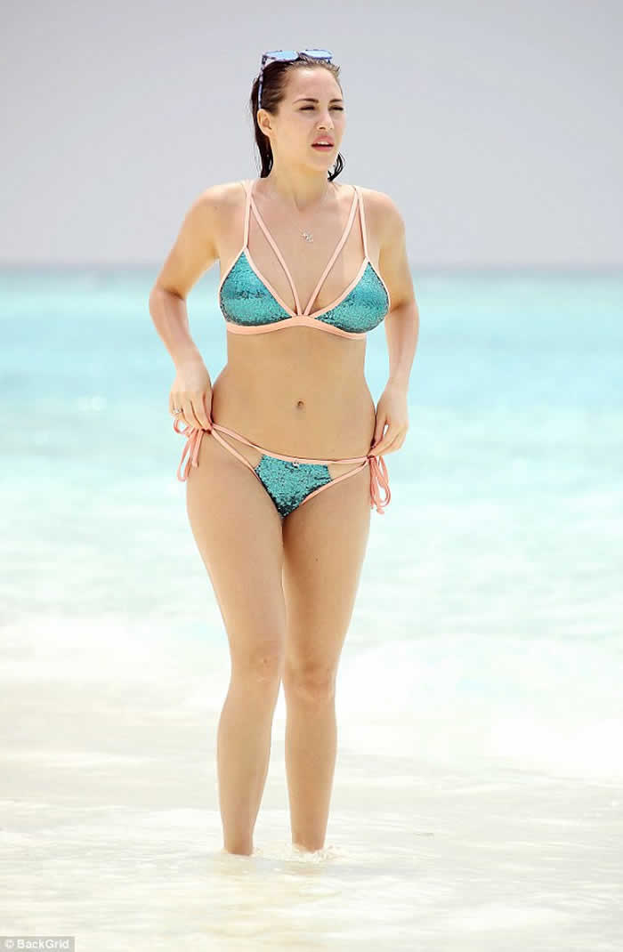Chloe Goodman Leaves Little to The Imagination in Bikini