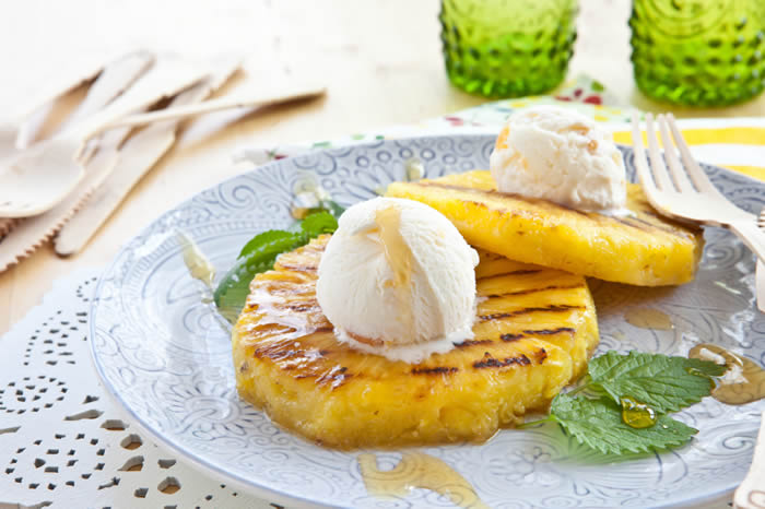 Rum-Glazed-Pineapple-with-Toasted-Coconut-and-Vanilla-Ice-Cream.jpg