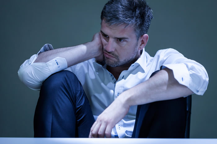 8 Mistakes That Too Many Men Make After a Bad Breakup