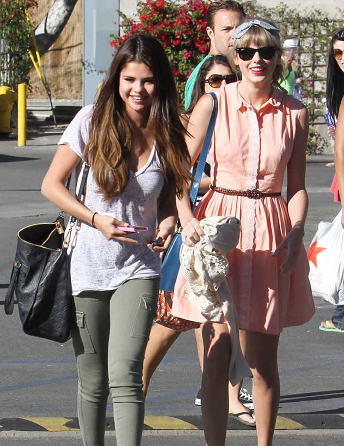 Please Let This Selena Gomez & Taylor Swift Rumor Be The Real Deal